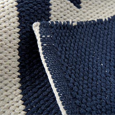 Rug_Arrows_Navy_Details_v1