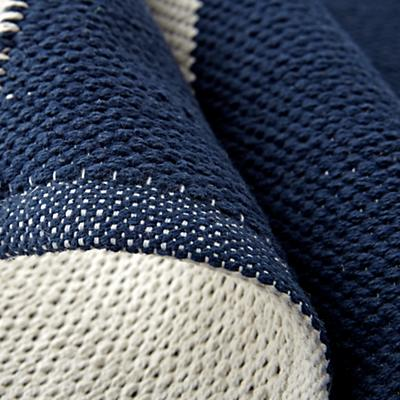 Rug_Arrows_Navy_Details_v7
