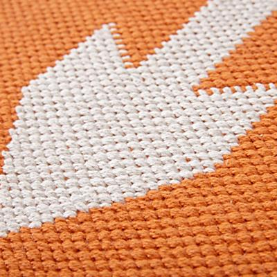 Rug_Arrows_Orange_Details_v1