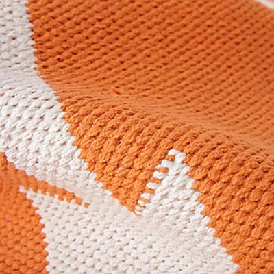 Rug_Arrows_Orange_Details_v4