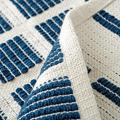 Rug_Indoor_Outdoor_Squares_Navy_Details_V3