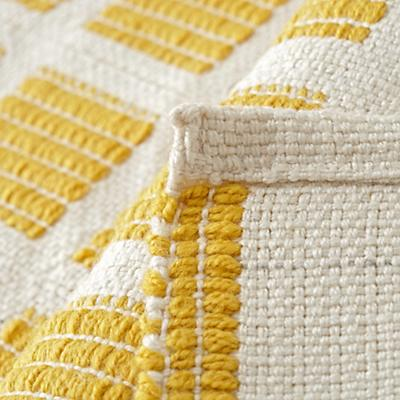 Rug_Indoor_Outdoor_Squares_Yellow_Details_V5