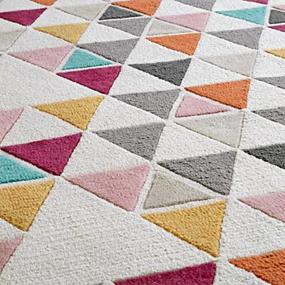 Rug_Totally_Triangular_Details_V5