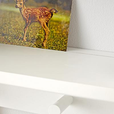 Shelf_Beaumont_Wall_Rack_White_Detail_v2