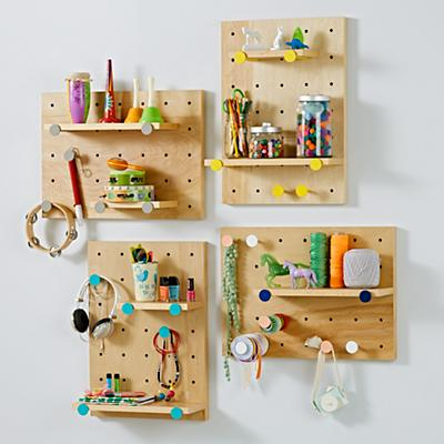 Shelf_Pegboard_Pegs_Group
