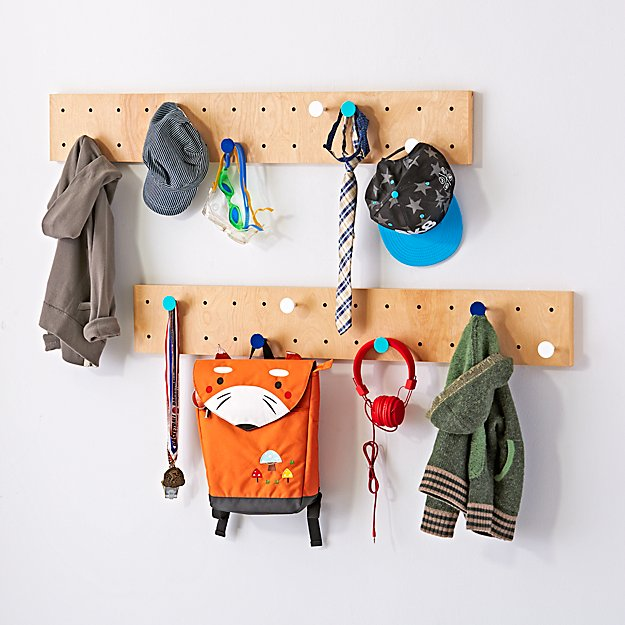 Long Narrow On the Pegboard