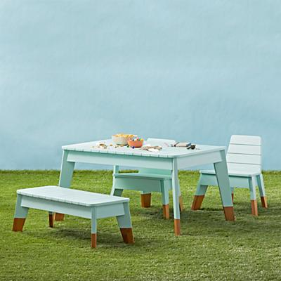 Table_Play_Outdoor_Cape_Group_v2_SQ