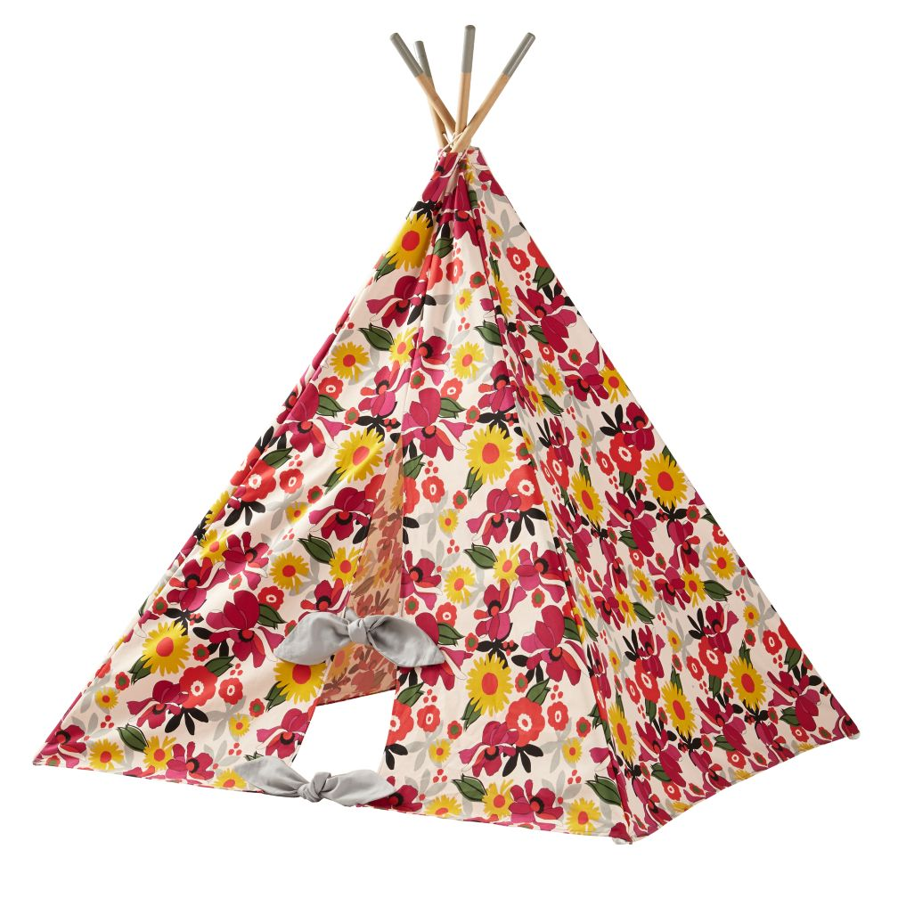 A Teepee To Call Your Own (Blooms)