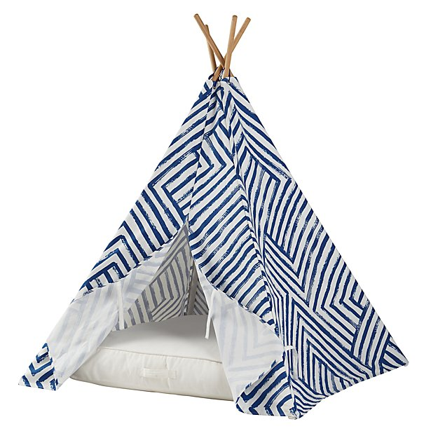 A Teepee & Cushion to Call Your Own Set (Blue Maze)