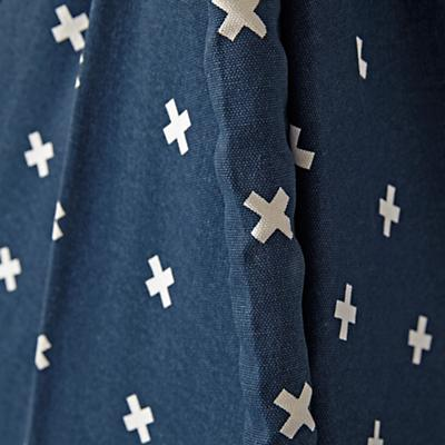 Teepee_Navy_Cross_Print_Cushion_Set_Details_V2