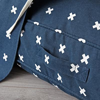 Teepee_Navy_Cross_Print_Cushion_Set_Details_V5