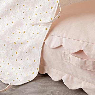 Teepee_Pink_Floral_Scallop_Cushion_Set_Details_V5