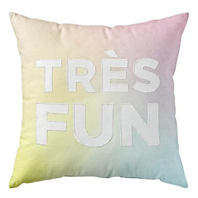 Throw_Pillow_Tres_Fun_Multi_Silo