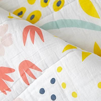Toddler_Bedding_GG_Plaid_Floral_Details_V6