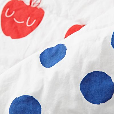 Toddler_Bedding_Orchard_Apple_Details_v11