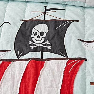 Toddler_Bedding_Pirate_Details_v5