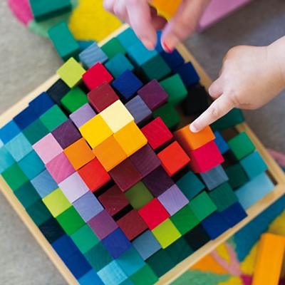 Toy_LrgPyramidBlocks_ALT_0414