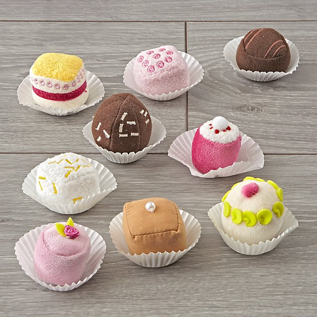 Petit Fours Treats (Set of 9)