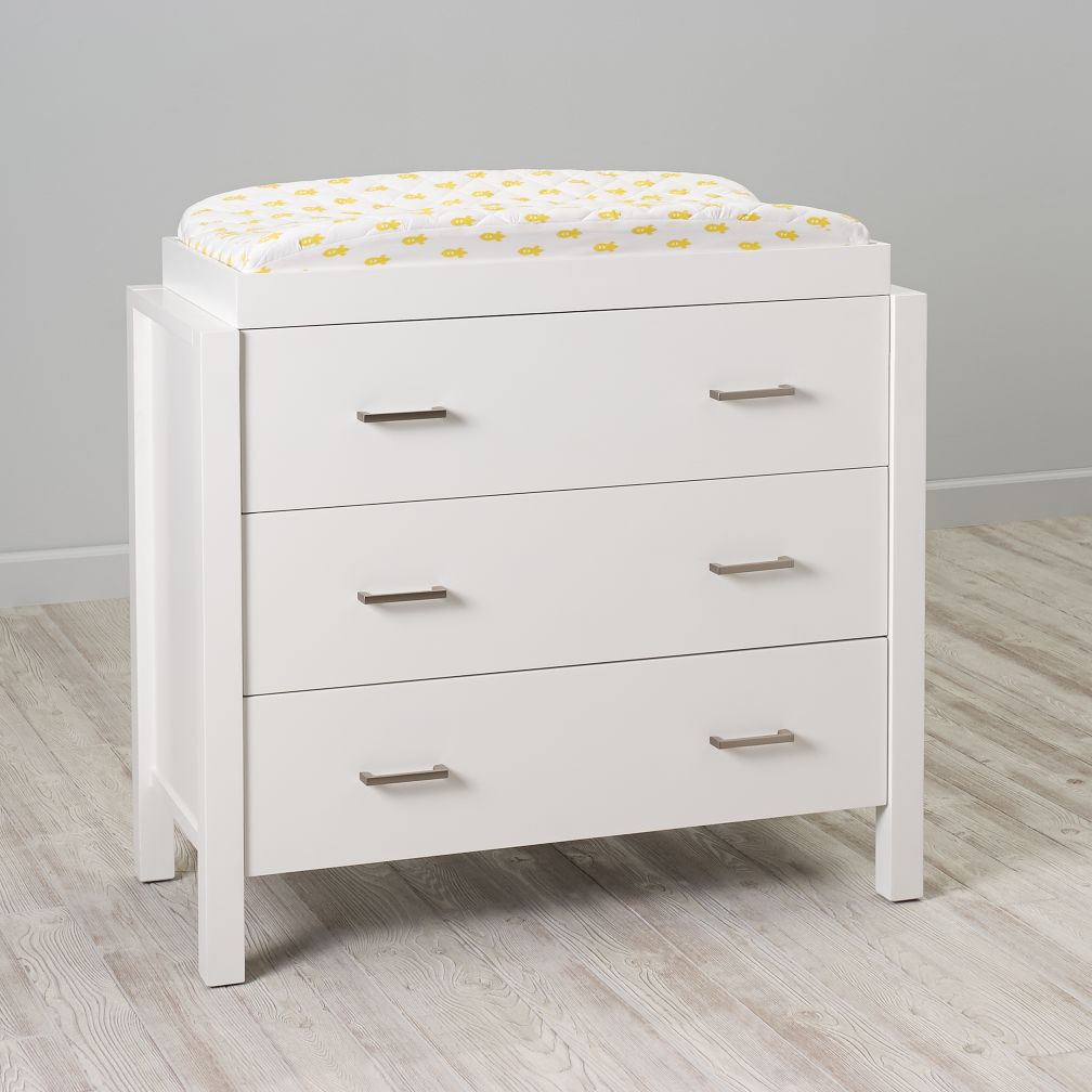 Uptown 3 Drawer Changing Table White The Land Of Nod