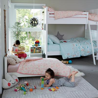 Uptown_Bunk_Bed_Well_nested_bedding