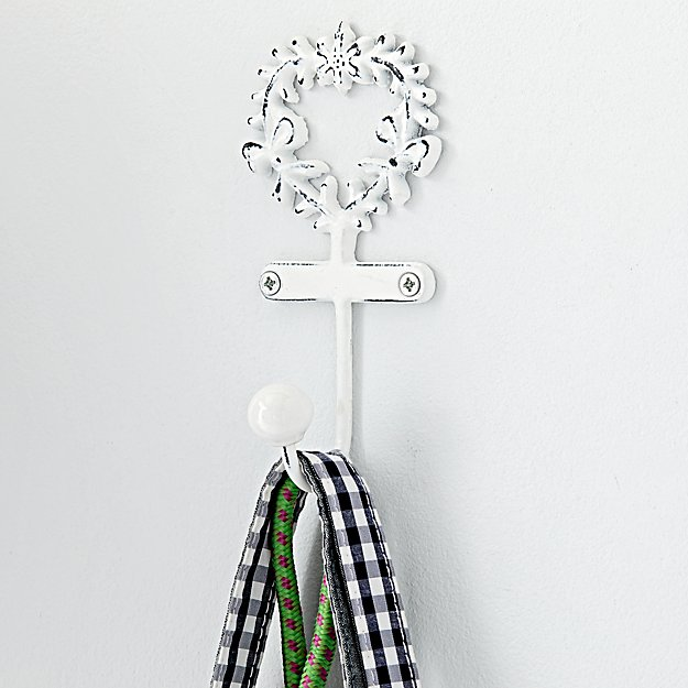 Floral Wreath Wall Hook
