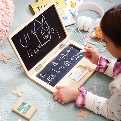 chalkboard_laptop_1015